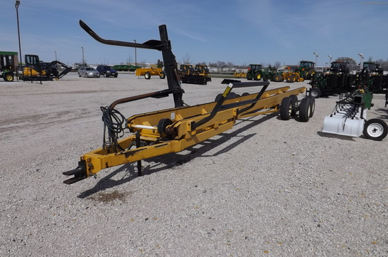 Buffalo 7 BALE BUFFALO SWING ARM BALE WAGON