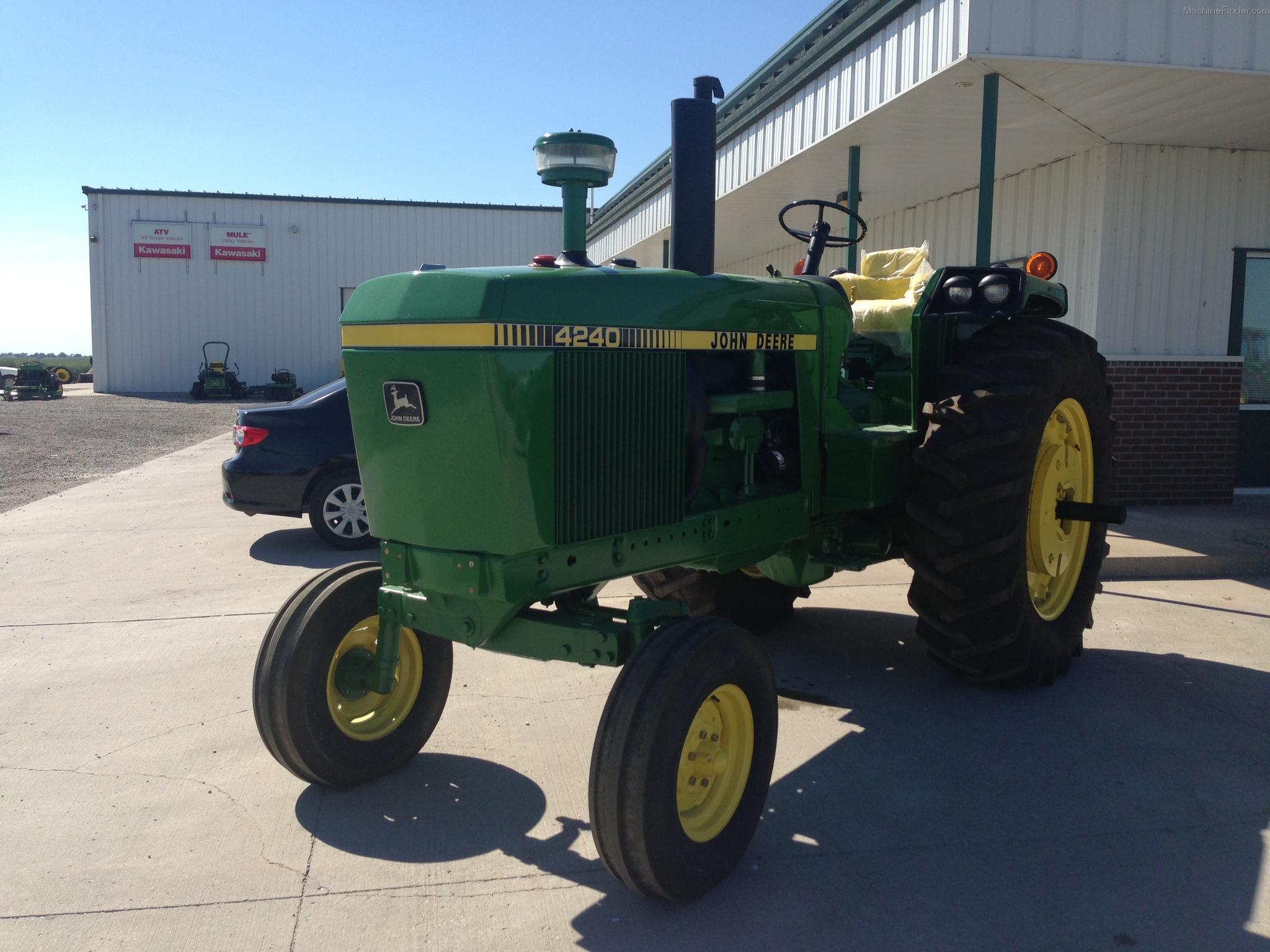 1982 John Deere 4240 Tractors Row Crop 100hp John