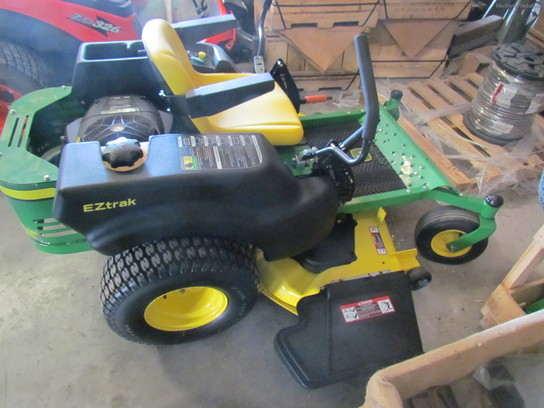 2009 John Deere Z425 w/ 54 in deck