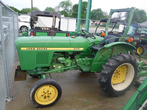 John Deere 850 Diesel Tractor : John deere compact utility tractors for sale