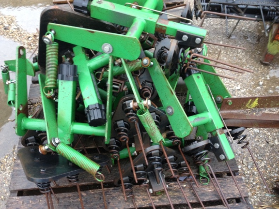 John Deere TINE TOOTH TILLAGE