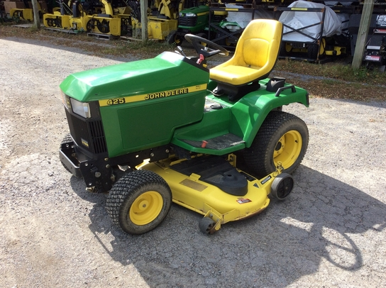 2001 john deere 425 lawn garden and commercial mowing john deere machinefinder for Bairs lawn and garden