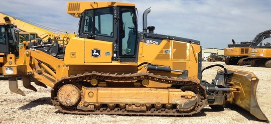 Detail photo of 2013 John Deere 850K from Construction Equipment Guide