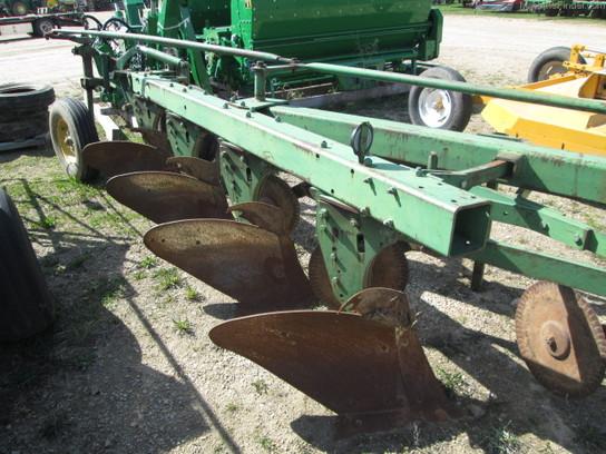 Moldboard Plow Parts : John deere moldboard plows machinefinder