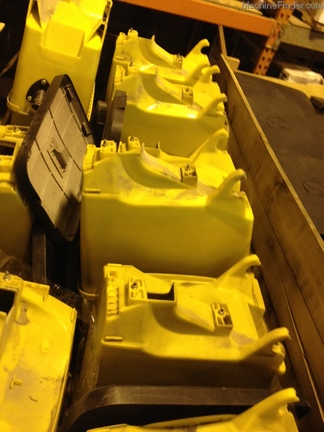 John Deere 1.6 Bu vac seed hopper