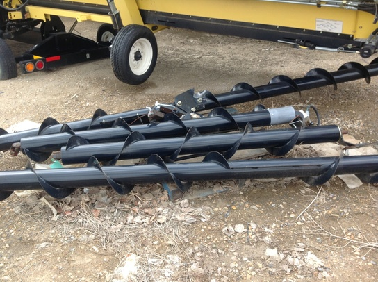 2008 Honey Bee Cross Auger