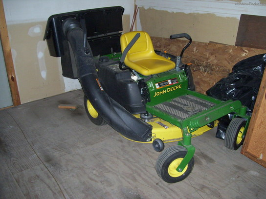 2012 John Deere Z225 ZERO TURN MOWER W/42