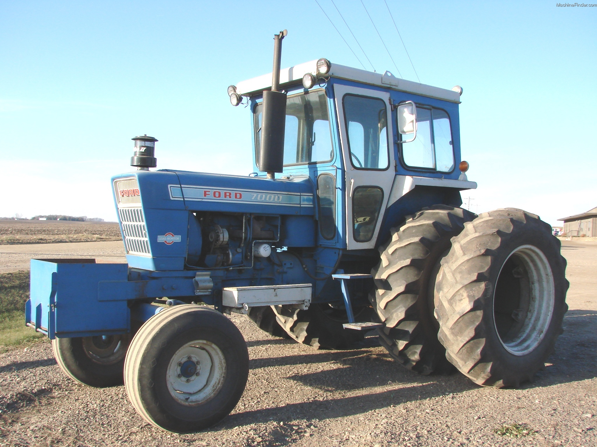 Ford 7000 Tractor : Ford tractor