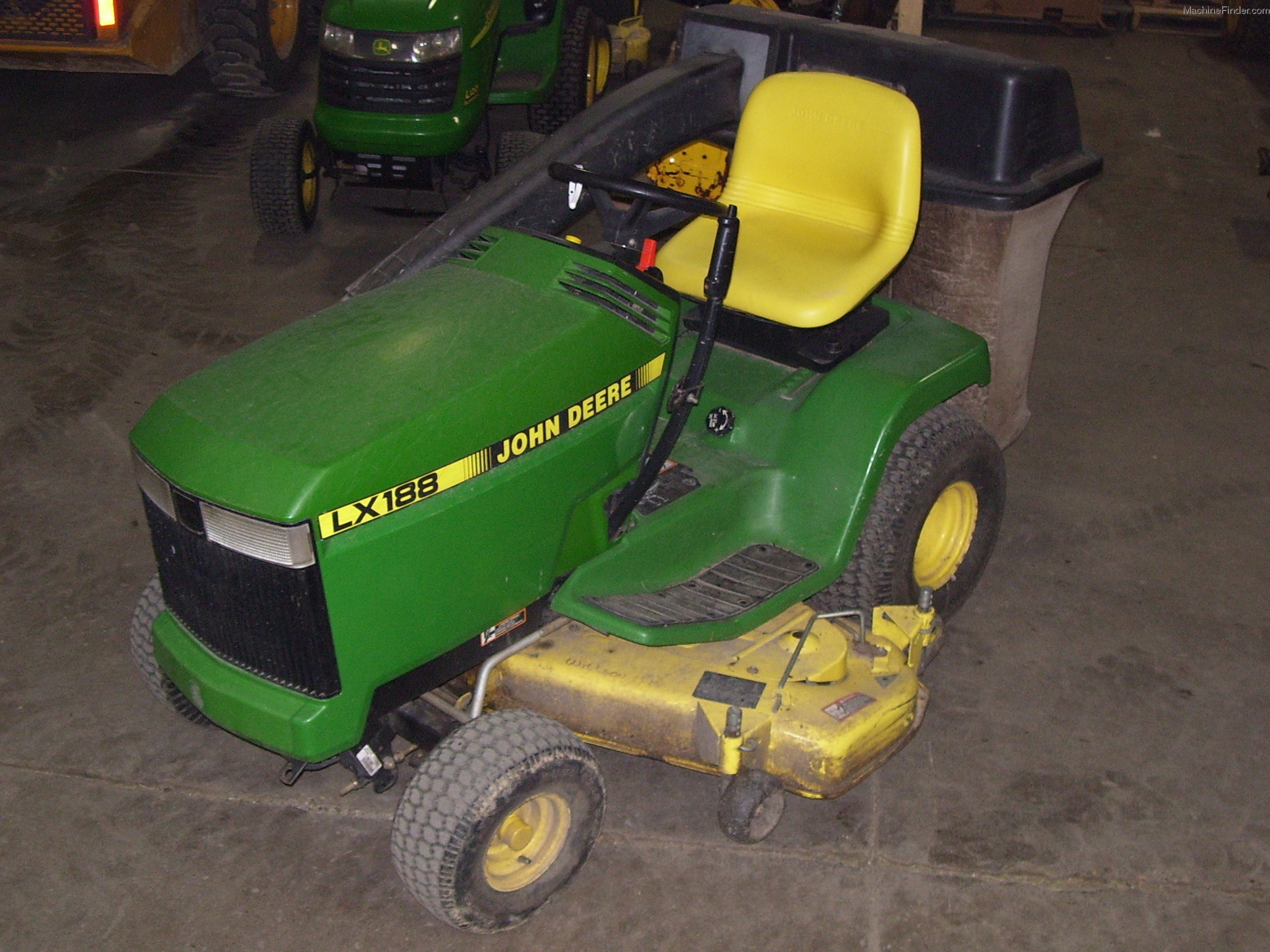 John Deere Lx188 Mower Deck Parts : Status