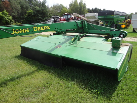 John Deere 956