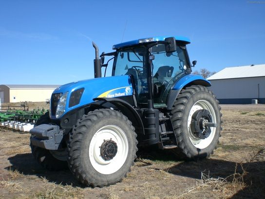 2008 New Holland T7040