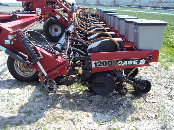 Case IH 1200