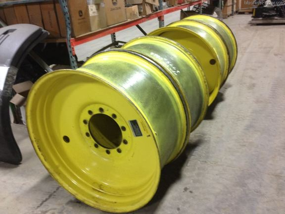 John Deere WHEELS