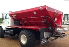 2000 NEW LEADER L2020 G4 Dry Fertilizer Applicator
