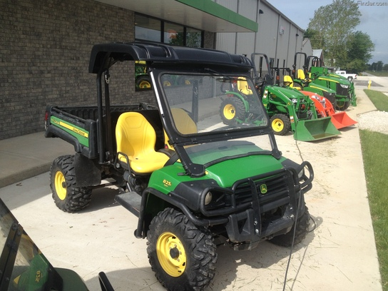 2010 john deere xuv 825i atvs gators john deere machinefinder. Black Bedroom Furniture Sets. Home Design Ideas
