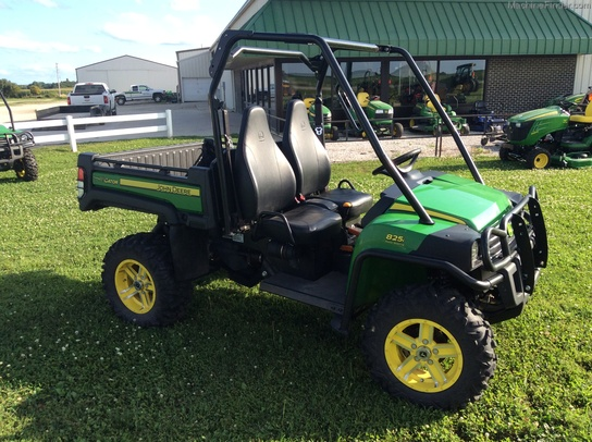 2013 john deere xuv 825i atvs gators john deere machinefinder. Black Bedroom Furniture Sets. Home Design Ideas
