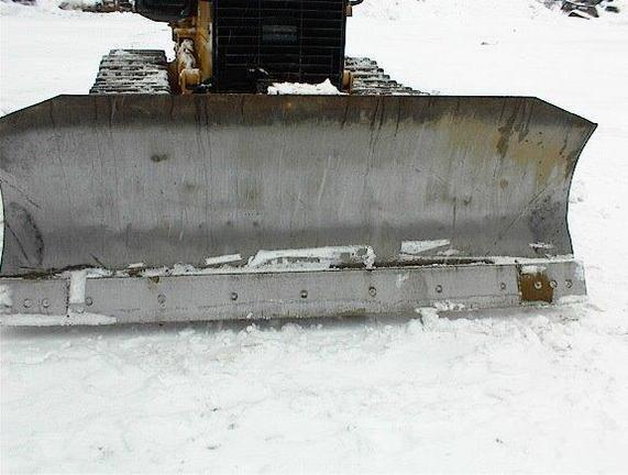 Detail photo of 2012 John Deere 550J from Construction Equipment Guide