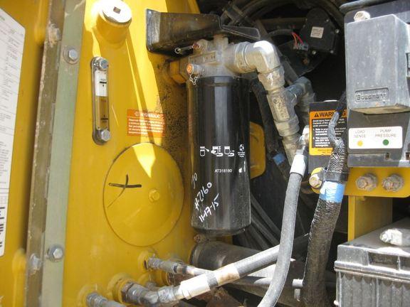 Detail photo of 2013 John Deere 850K from Construction Equipment Guide