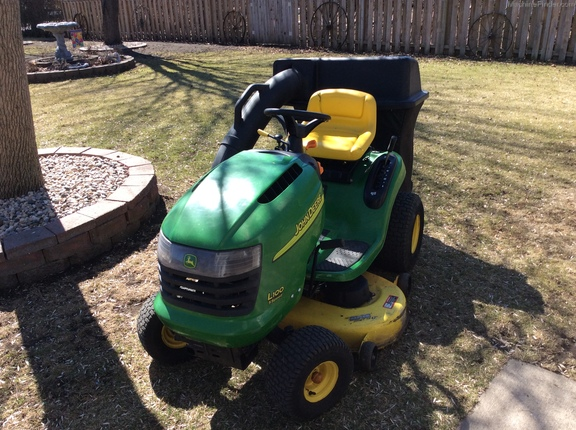 John Deere D100 Specifications : John deere d lawn garden tractors