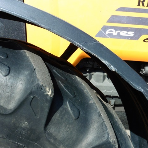 Renault ARES 620 RX / 120 cv