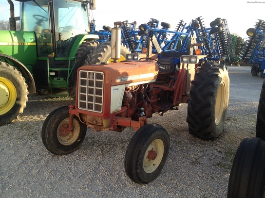 1975 International Harvester 674