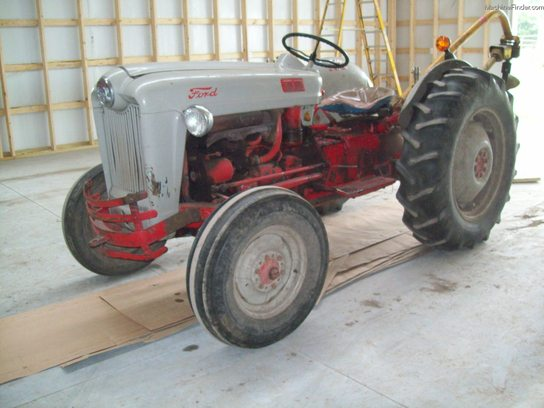 Ford 600 Tractor Serial Number : Ford tractors utility hp john deere