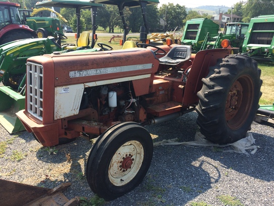 International Harvester 454 Tractor Parts : Large g