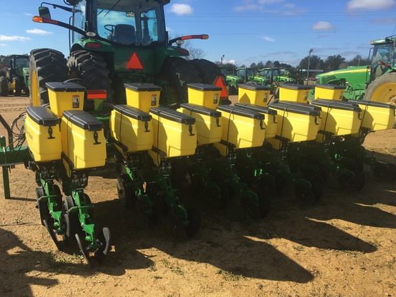 2015 John Deere 1705 Twin Row