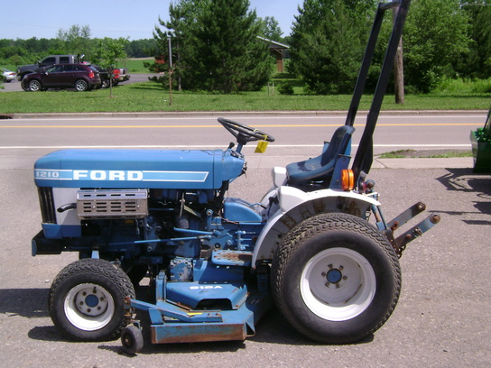 Ford Tractor Turf Tires : Ford tractors compact hp john deere