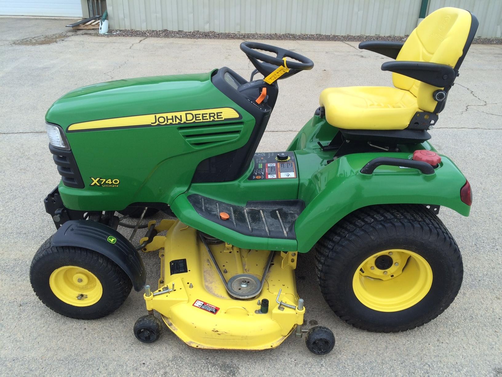 John Deere Lawn Tractor Equipment : John deere lawn garden tractors for sale