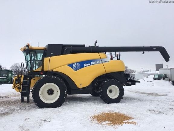 2010 New Holland CR9070